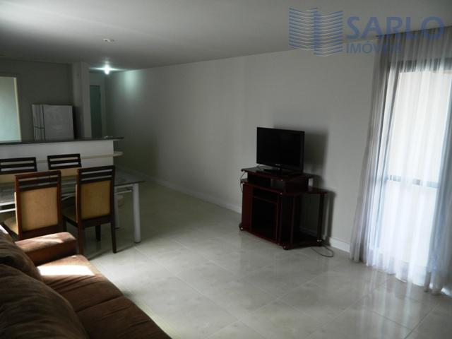 Apartamento residencial para locação, Enseada do Suá, Vitória.2 quartos, 1 suíte, todo mobiliado.