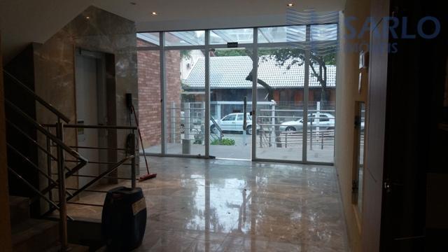 Loja / Prédio com 23 vagas de garagem na Enseada do Suá