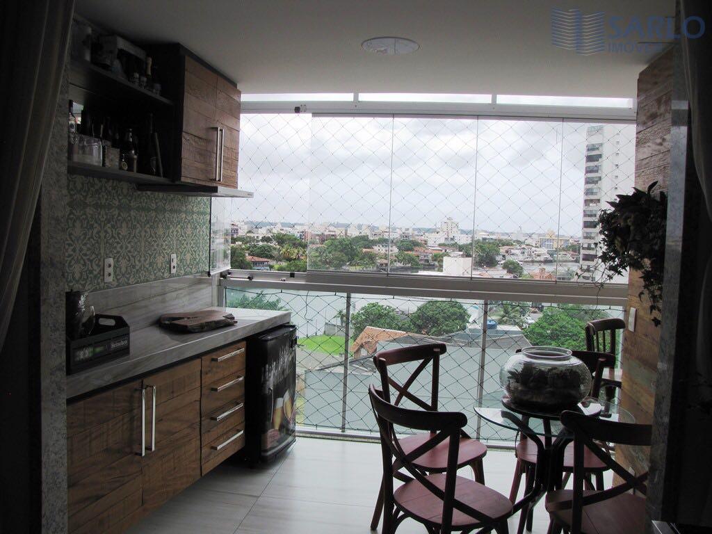 Apartamento 03 três quartos, suíte, armários, varanda, lazer, vagas de garagem Vitória ES