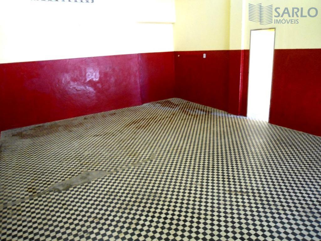 empreenda em uma ótima localização! loja com 94m², piso em cerâmica, sol da manhã, 02 banheiros...