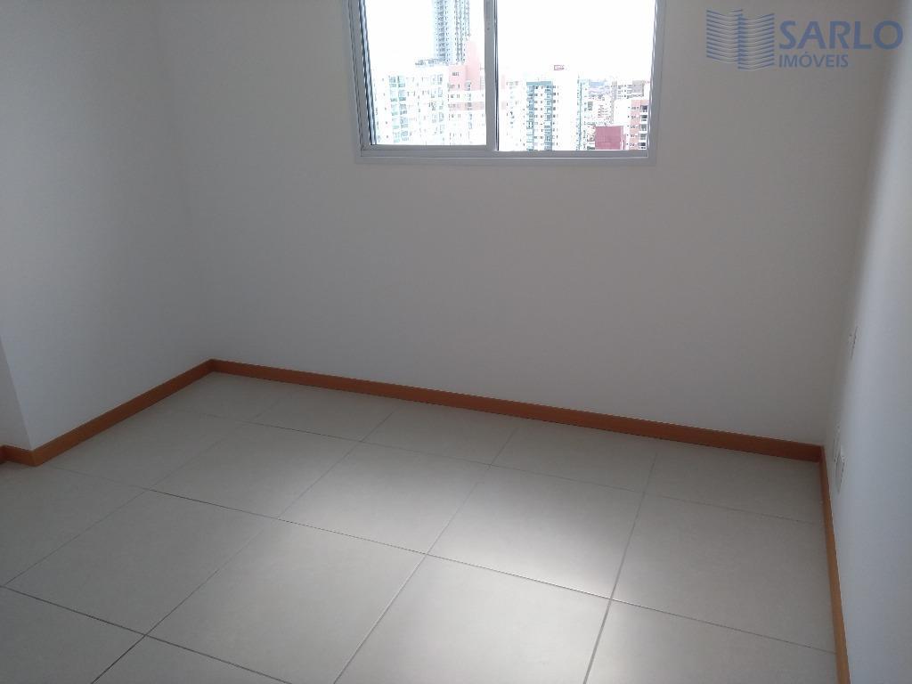 lindo apartamento de frente pro mar de itaparica, 3 quartos com suíte, varanda, cozinha e área...