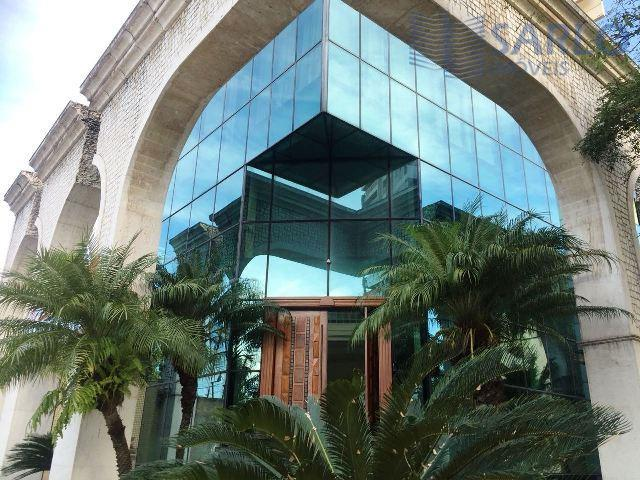 maravilhosa loja/lojão - estrutura semelhante a de um prédio, imóvel imponente e alto padrão, arquitetura diferenciada...