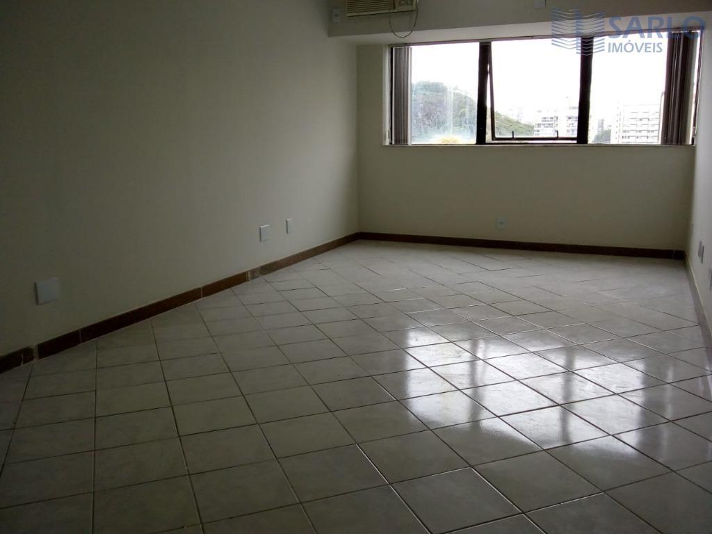 excelente sala comercial composta com cozinha, banheiro, garagem na melhor localização da praia do canto!edifício com...