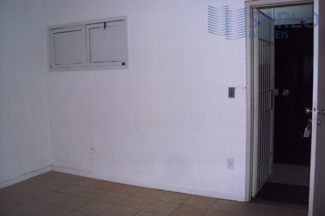 venda ou locação! salas com 47m2, recepção, copa, banheiro, ampla janela com vista para avenida principal...