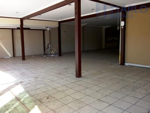 excelente lojão em local privilegiado! possui 370 m2, salão, cozinha, banheiros, despensa e também vários outros...