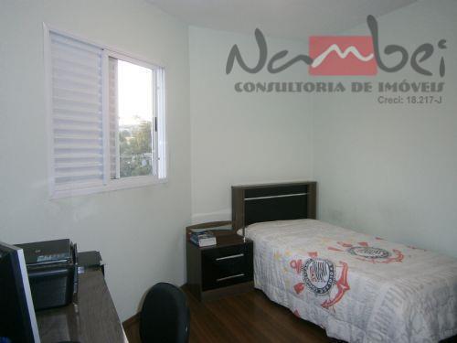 sobrado com 02 dormitórios, sala, cozinha, wc, lavabo, área de serviço e 03 vagas de garagem.próximo...