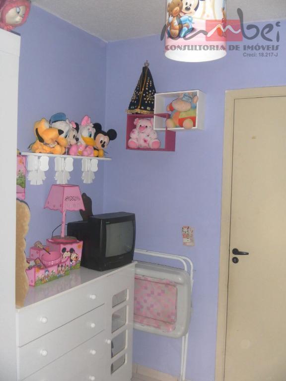 apartamento com 02 dormitórios, sala, cozinha, wc, área de serviço e 01 vaga de garagem demarcada;próximo...