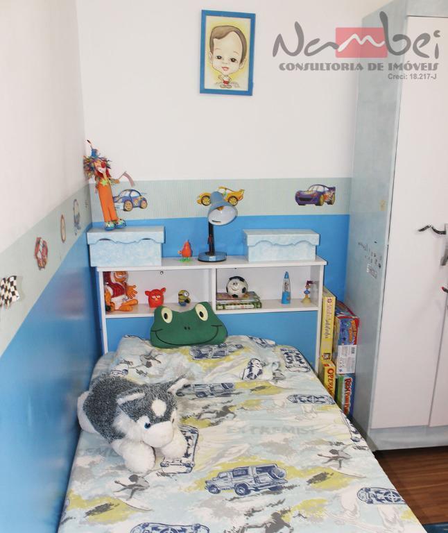 sobrado em condomínio com 03 dormitórios, sala 02 ambientes, cozinha, 02 banheiros, área de serviço e...