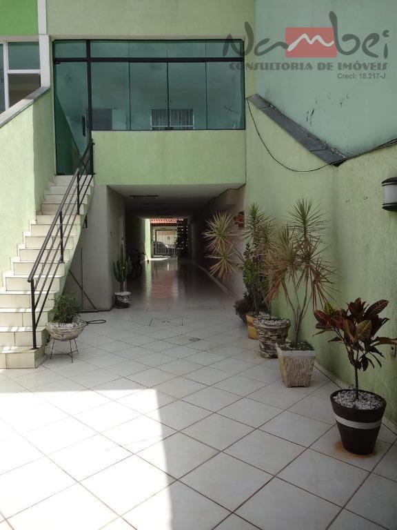 sobrado com 03 dormitórios sendo 01 suíte, sala 02 ambientes, cozinha c/ móveis planejados, 03 banheiros,...