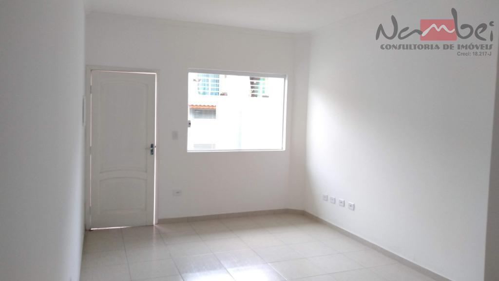 sobrado maravilhoso com quintal privativo , garagem frontal 2 dormitórios sendo 01 suíte, sala ampla ,lavabo...