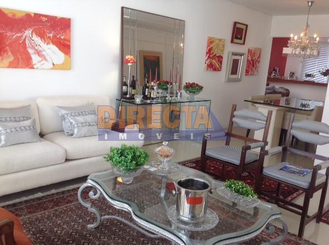linda casa, finamente mobiliada, muito bem localizada, dois dormitórios sendo uma suíte, living, sala gourmet, cozinha...