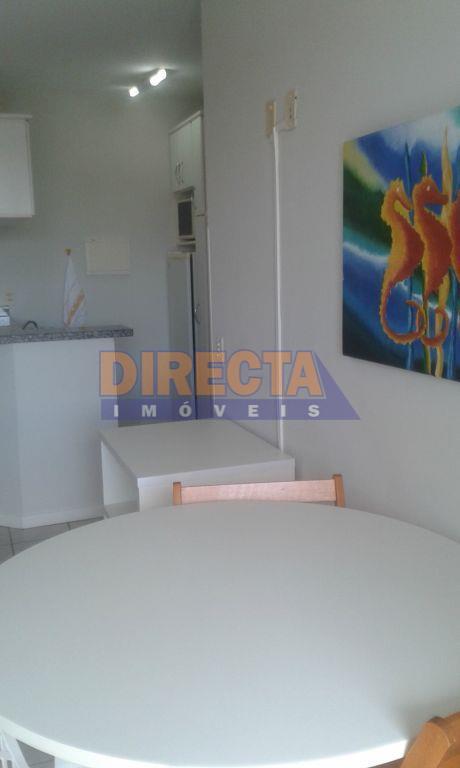 lindo apartamento próximo a praia, lugar tranquilo, apartamento 01 dormitório, sala, cozinha, banheiro, sacada com churrasqueira,...