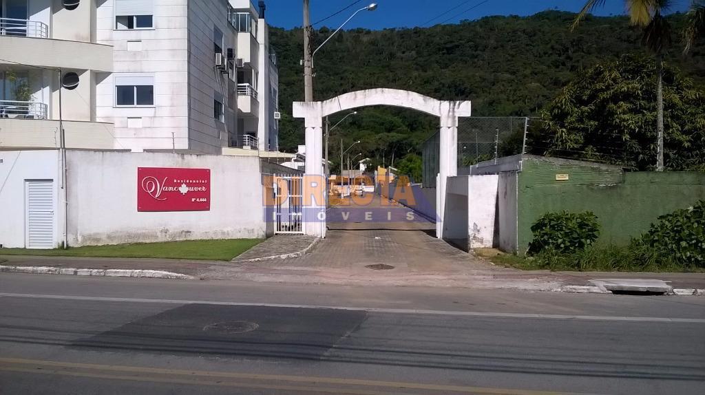 Terreno residencial à venda em condomínio fechado, Cachoeira do Bom Jesus, Florianópolis.