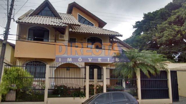 casa à venda no local mais charmoso do bairro estreito, o balneário, com linda vista para...
