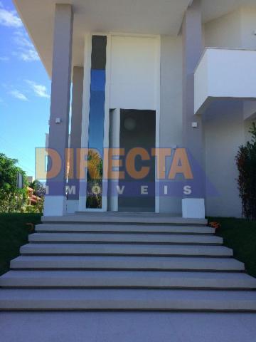 casa com 3 suítes + escritório e dormitório reversível em suíte, garagem para 4 carros, piscina,...