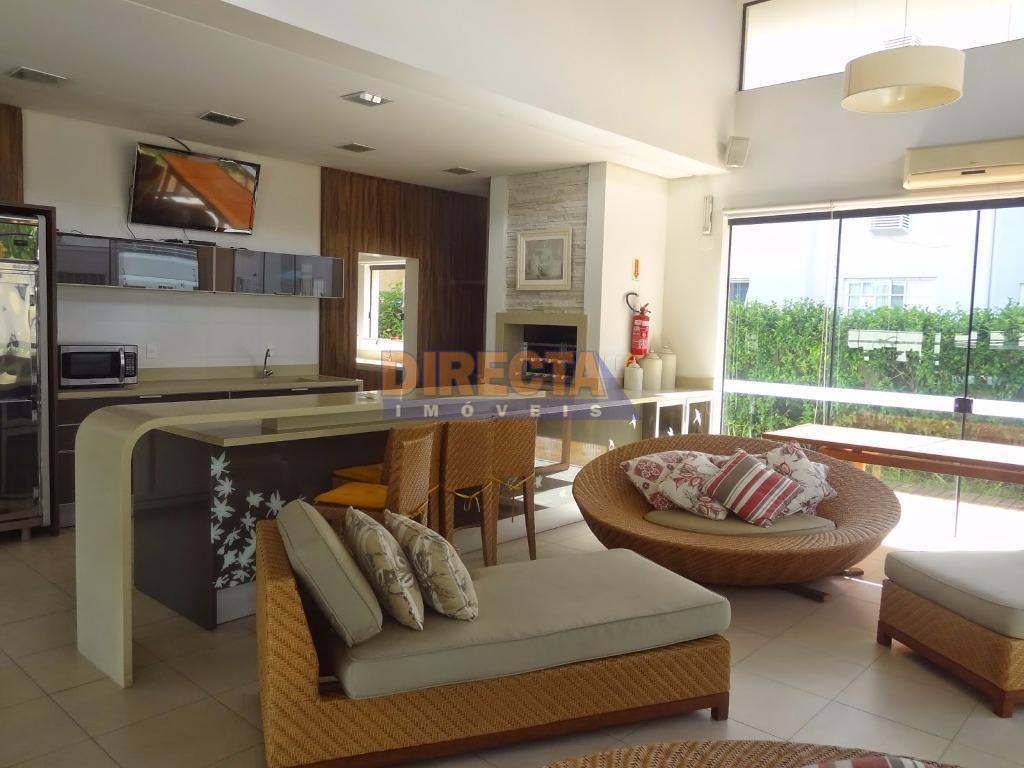 condominio com 52 lotes, já consagrado e com casas construídas de altíssimo padrão. totalmente pavimentado, com...