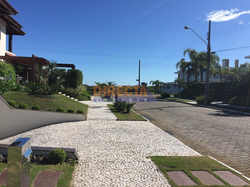 belíssimo terreno em jurerê internacional, localização privilegiadíssima, fácil acesso a praia, restaurantes, rua tranquila e com...