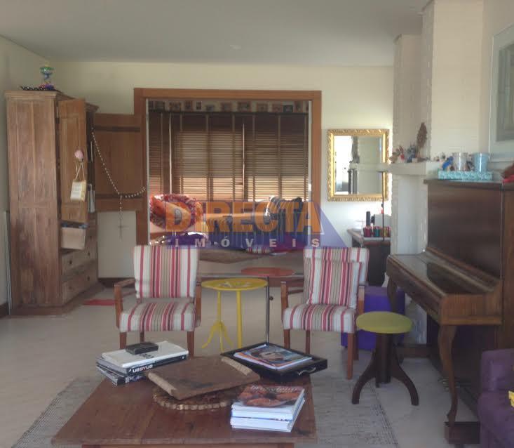 linda casa a venda em jurerê, em frente a condomínio de alto padrão, com total segurança.são...