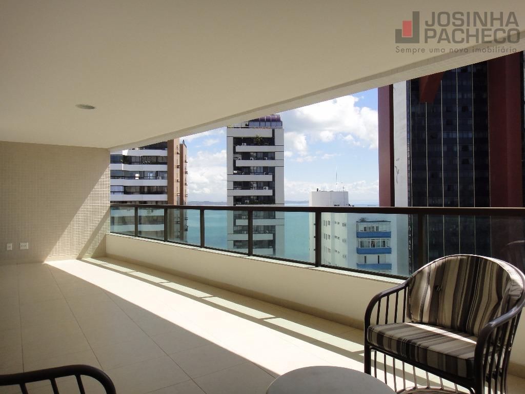 Maravilhoso Apartamento 4 Suites para locação na Vitória, Salvador!