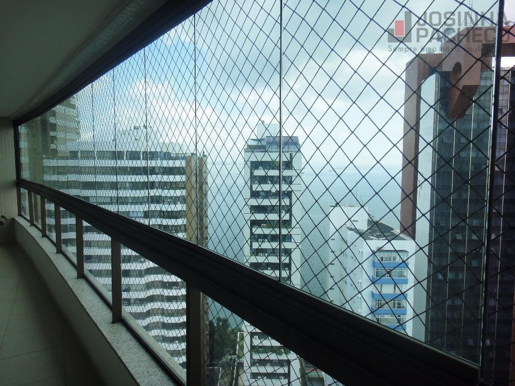 Apartamento no Torre Barcelona, Vitória, Salvador.