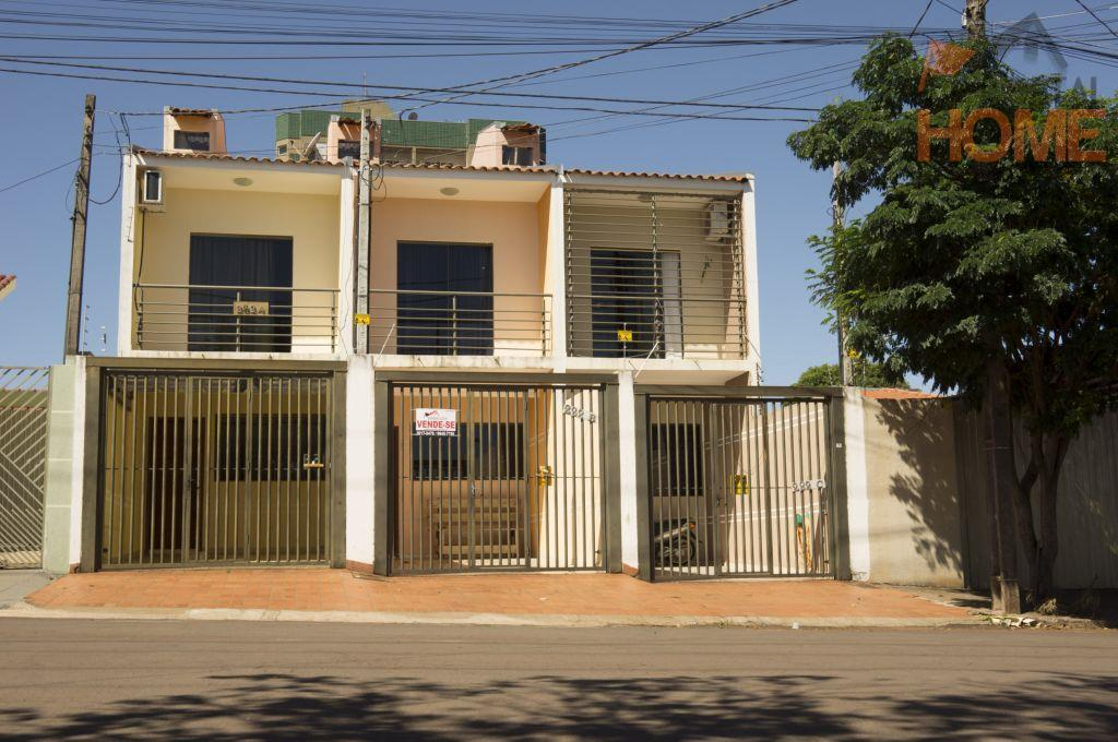 Sobrado residencial à venda, Centro, Campo Mourão.