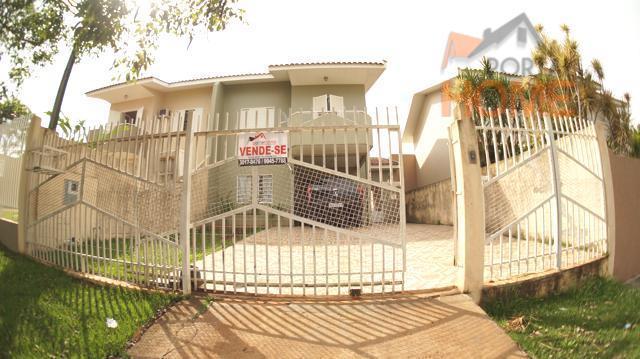 Sobrado residencial à venda, Jardim Laura, Campo Mourão.
