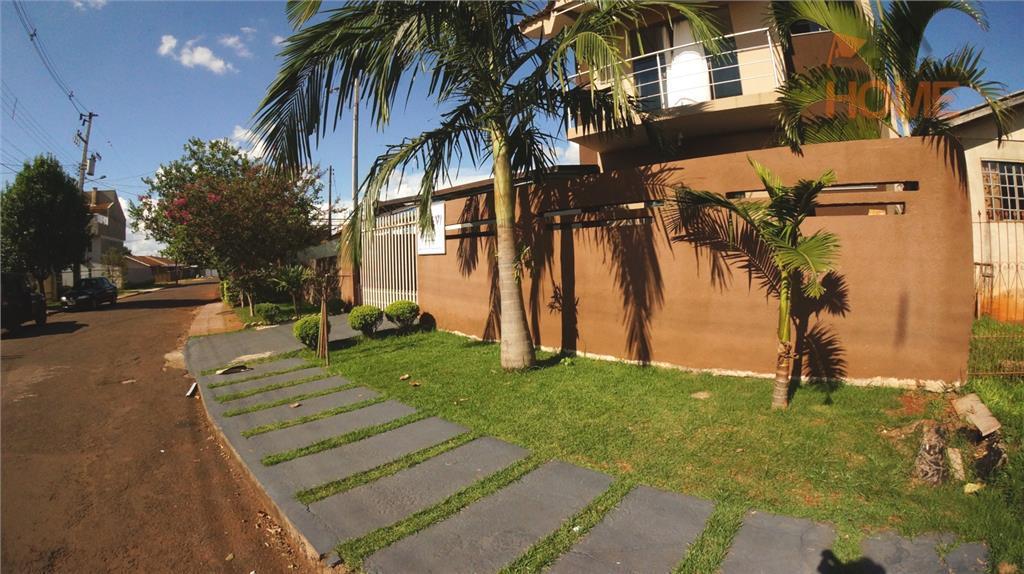 Sobrado residencial à venda, Jardim Izabel, Campo Mourão.