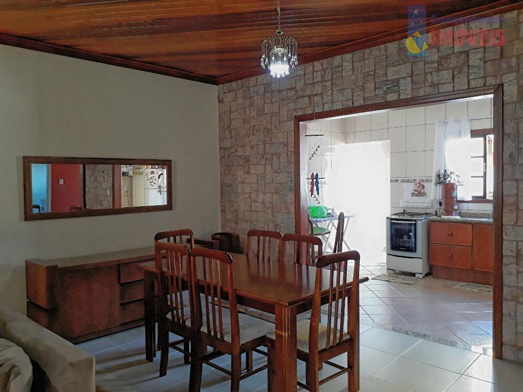 Linda CASA com 3 dormitórios (1 suíte) - Bairro do LAVAPÉS a 500 metros do Centro de Bragança Paulista/SP