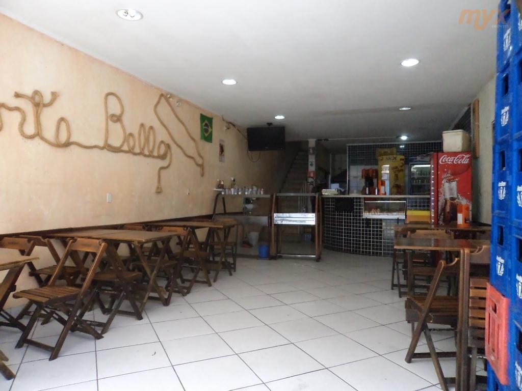 vende-se lanchonete e restaurante com faturamento de r$ 35 mil de 2º a 6º feira em...