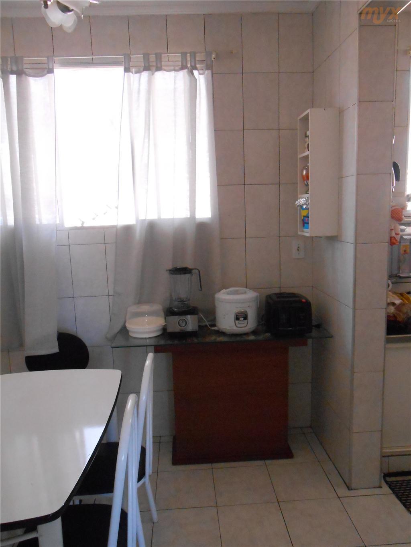 todo em cerâmica;ventiladores em todos ambientes garagem coletiva;sala p/ 2 ambientes com sacada;03 dormitórios sendo 1...