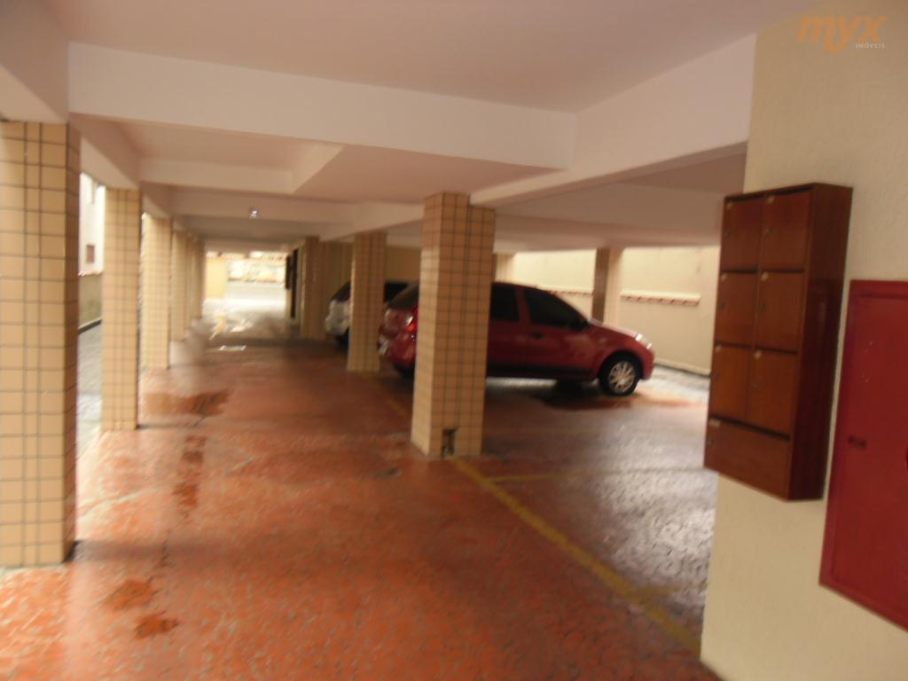 excelente apto no marapé, 80m² de área útil,pintura nova, impecável, 01 vaga de garagem coletiva, condomínio...