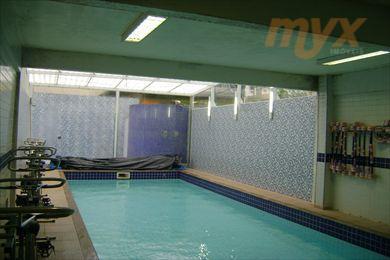 *5 banheiros *6 salas *piscina