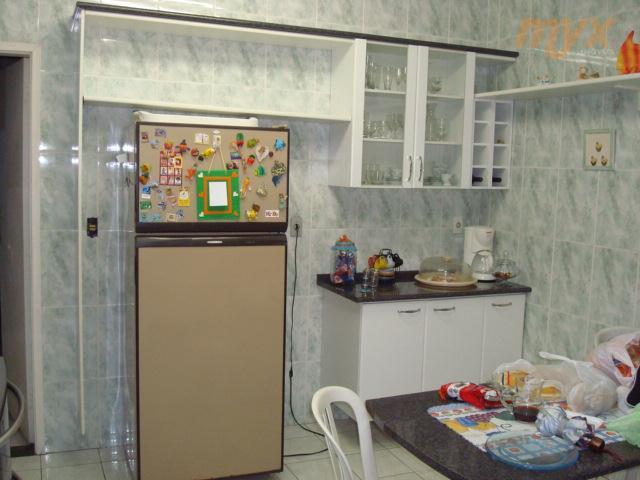 sobreposta alta - 4 dormitórios sendo 3 suítes - sacada - armário embutido nos quartos -...