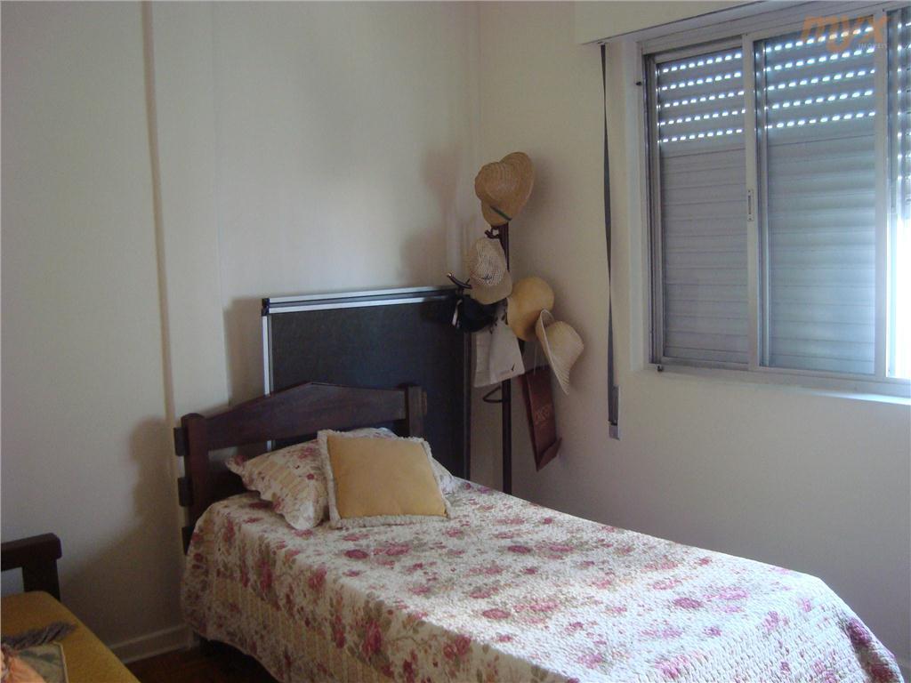apartamento 3 dormitórios, sala 2 ambientes, próximo à praia, em ótimo estado de conservação