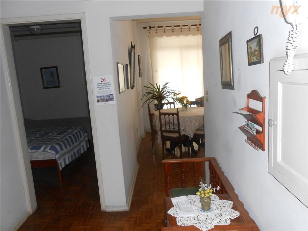 apartamento no gonzaga - santos ótima localização;02 dormitórios, sala 2 ambientes, 2 wcs, sacada com vista...