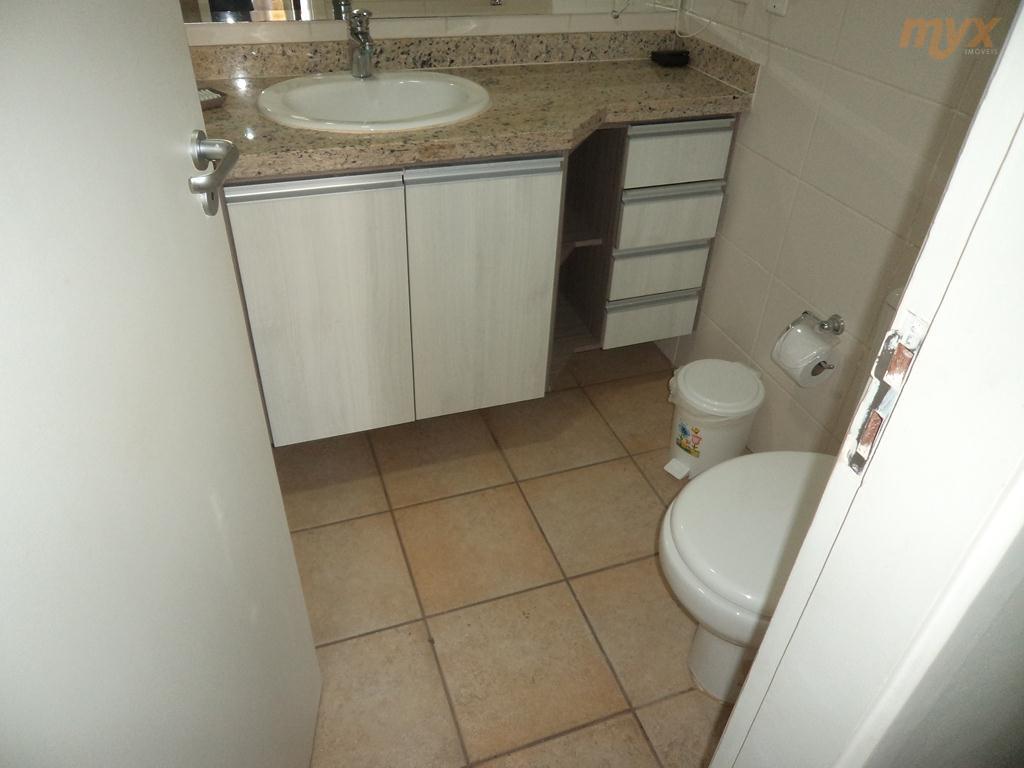 flat frente p/ mar - ótima localização no canal 3 - 1 dormitório - armários embutidos...