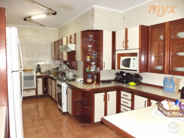 lindo apartamento no campo grande, de frente com sacada, sala em granito para 2 ambientes, cozinha...
