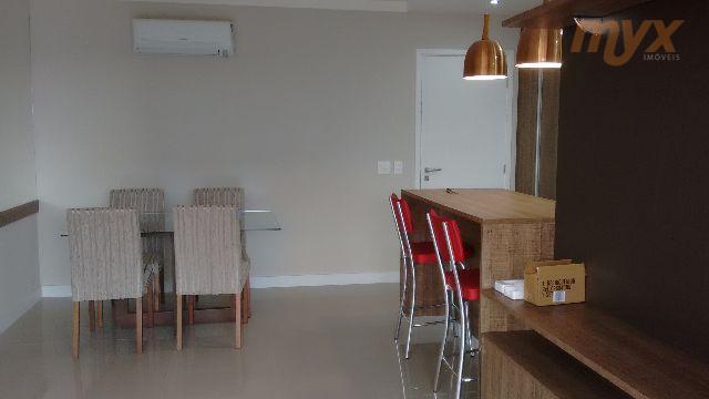 2 dorm 1 suíte, mobiliado, amplo terraço , com armários nos dormitórios e cozinha,banheiros e área...