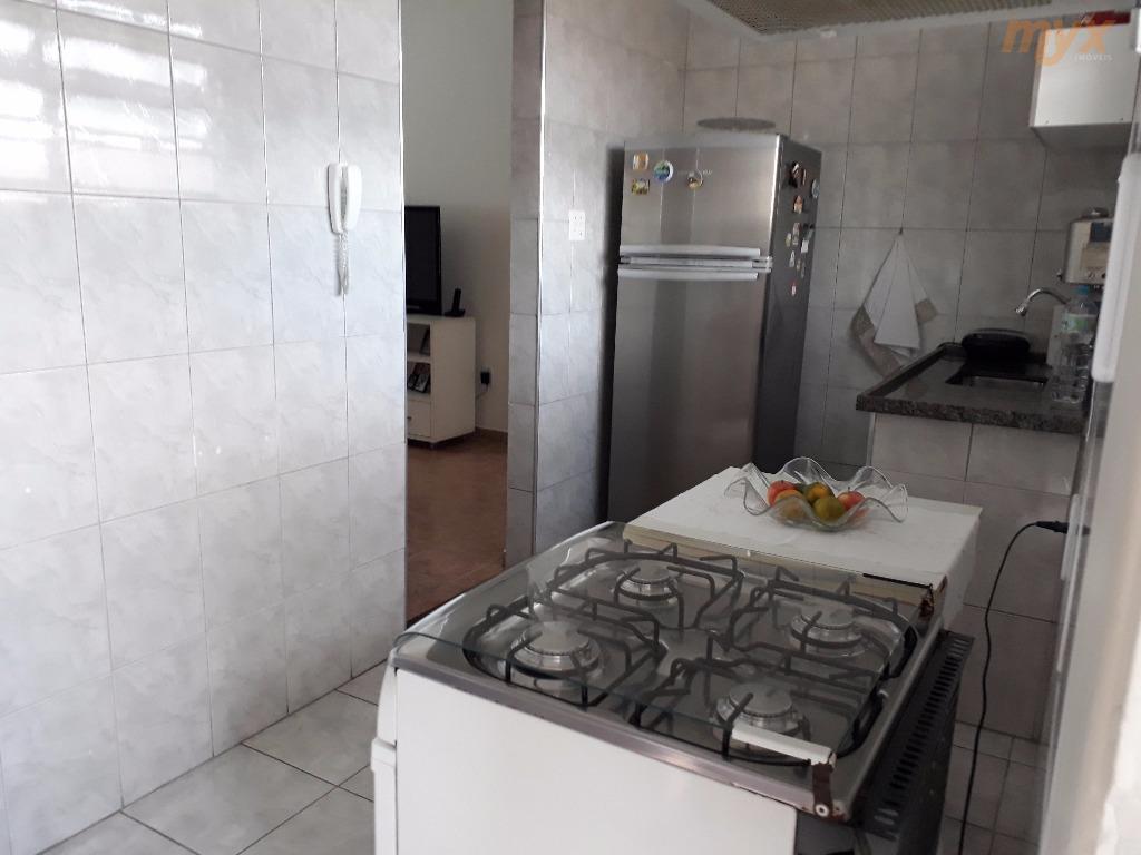 oportunidade/campo grande - apartamento excelente e muito bem cuidado - 02 dorms - sala - cozinha...