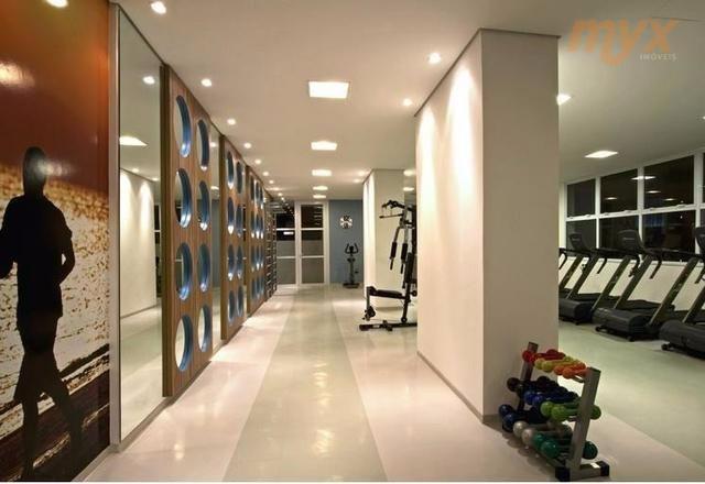 área ùtil: 98m² andar: 8º vista: serra descrição: - garagem: 02 (demarcada) - quartos: 02 -...
