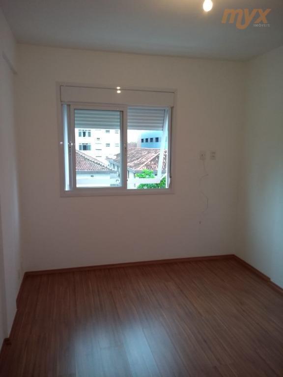 apartamento na aparecida, 2 dormitórios, sala 2 ambientes, armários, dependência na área de serviço, 1 vaga...