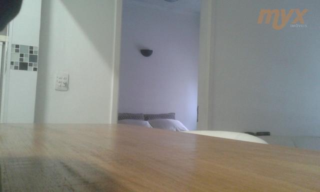 apartamento quarto e sala na praia excelente localização, ao lado de supermercado,próximo a padarias, farmácias, sesc...