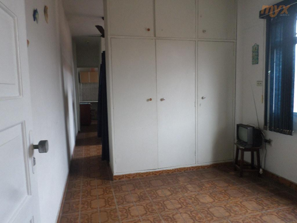 living mobiliado vila valença - são vicentesala living dividido mobiliado, banheiro social, cozinha boa. area de...