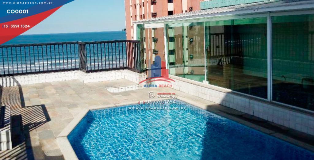 Linda cobertura com piscina particular, churrasqueira de frente para o Mar. 100 mts da praia, suite com banheira. Ótimo bairro.