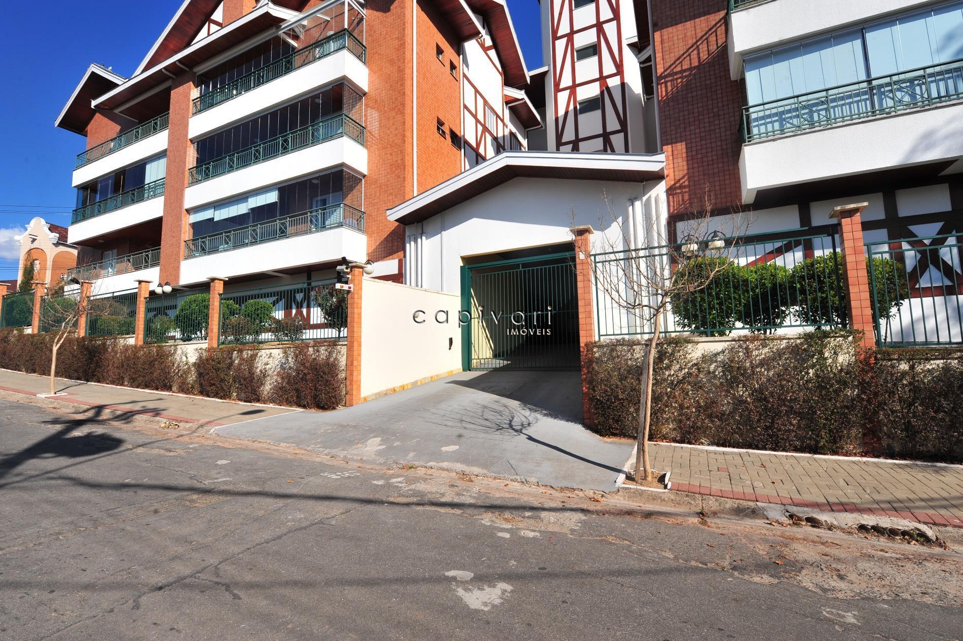 Apartamento residencial à venda, Abernéssia, Campos do Jordão.