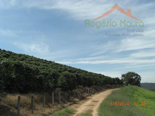 fazenda em carmo do rio claro, mg.culturas e plantações em 2015:a) cultura de café, dividida em...