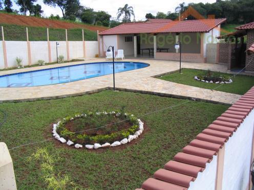 excelente sítio em areado-mg.casa sede (200 m²) com 3 dormitórios, 2 banheiros sociais, 2 salas, cozinha...