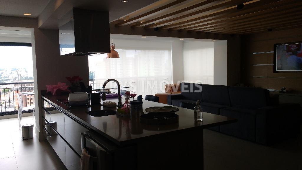 apartamento novíssimo , muito sofisticado, totalmente mobiliado e com diferenciais exclusivos com finíssimo acabamento, um único...