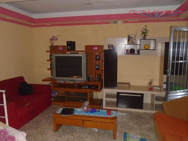 Sobrado residencial à venda, Jardim São Bernardino, Suzano.