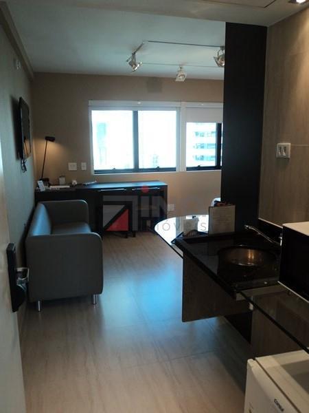 Flat  residencial para locação, Av. Ibirapuera, Moema, São Paulo.